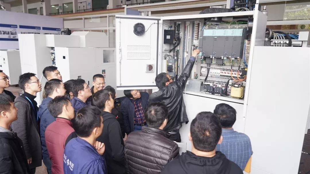 Haitian Precision's first Japanese CNC system training session of 2019 concluded successfully.